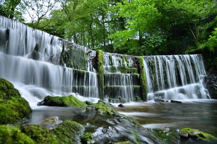 Wasserfall-Fotos-wie-eine-Gardine