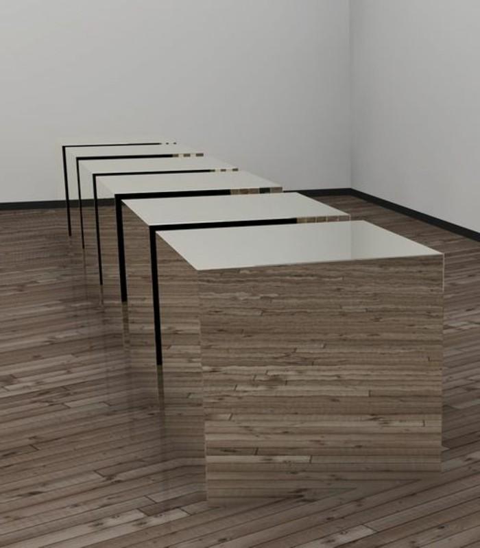 Zeitgenössische-Kunst-mit-einigen-Spiegelkuben
