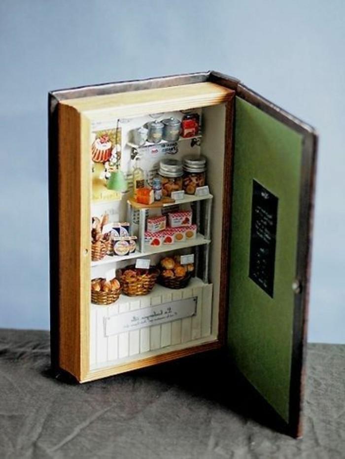 Zubehör-für-Puppenhaus-wie-ein-Buch