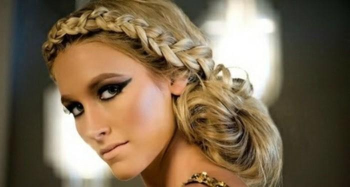 blonde-lange-haare-mit-einem-effektvollen-zopf