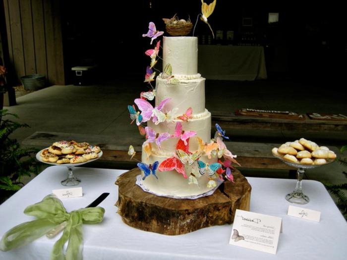 interessante-kreative-torte-diy-hochzeit-planen-und-organisieren