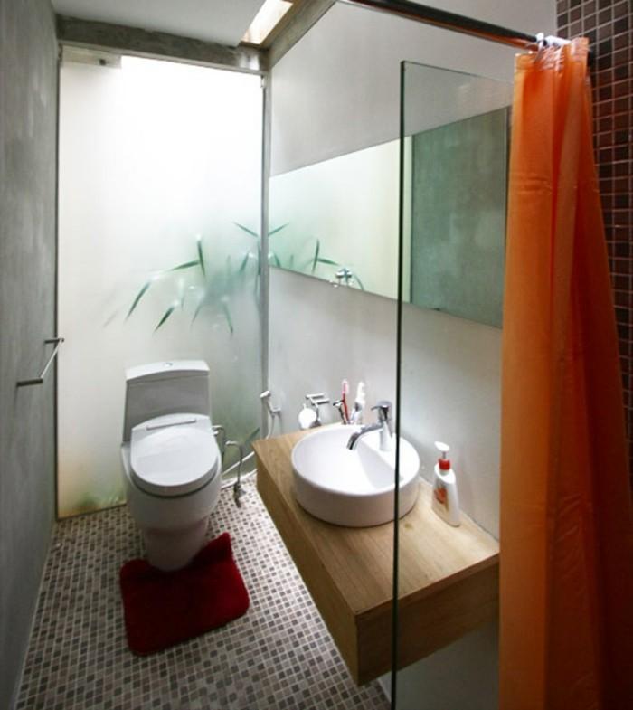 kleine-bäder-einrichten-wunderschöne-duschkabine-cooler-teppich