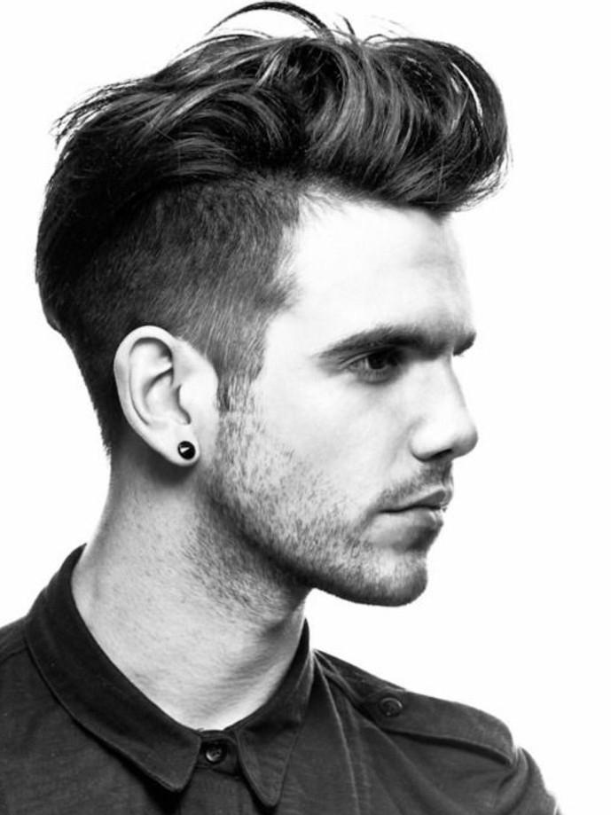 Ohrringe für Männer: Werden sie einen Modetrend?