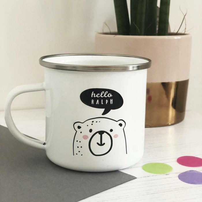 personalisierte geschenke papa, weiße tasse mit bär, kreative geschenkideen