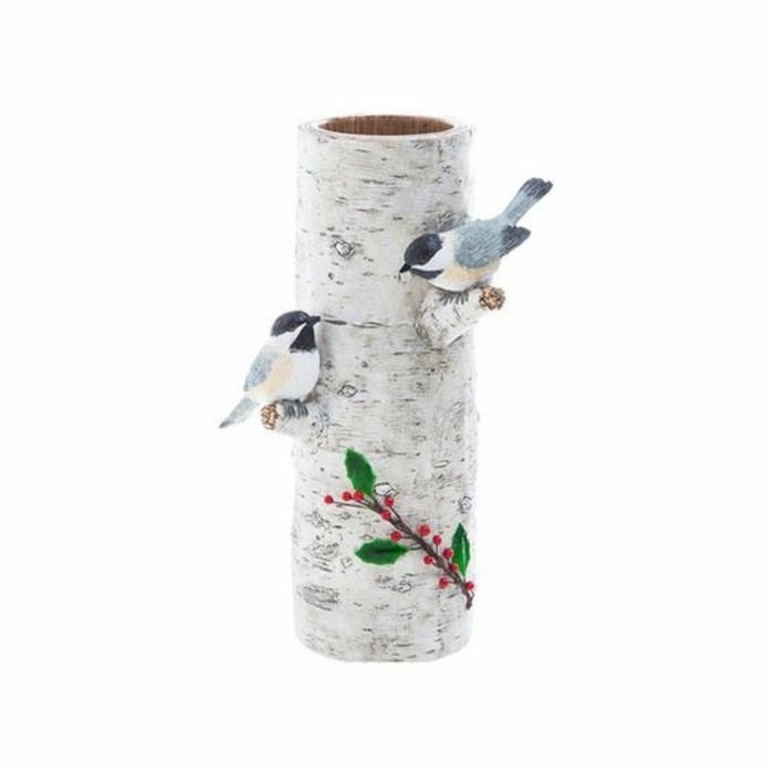 romantische-vase-weißer-hintergrund-baumstamm-dekoration