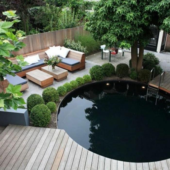 schöner-garten-mit-schwimmbad