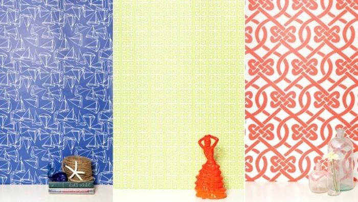 Wandtapeten In Steinoptik : verschiedene muster an der bunten wand – moderne wohnaccessoires