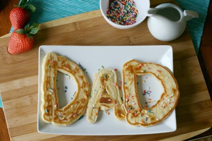 vatertag-geschenke-mit-leckeren-motiven-frühstück