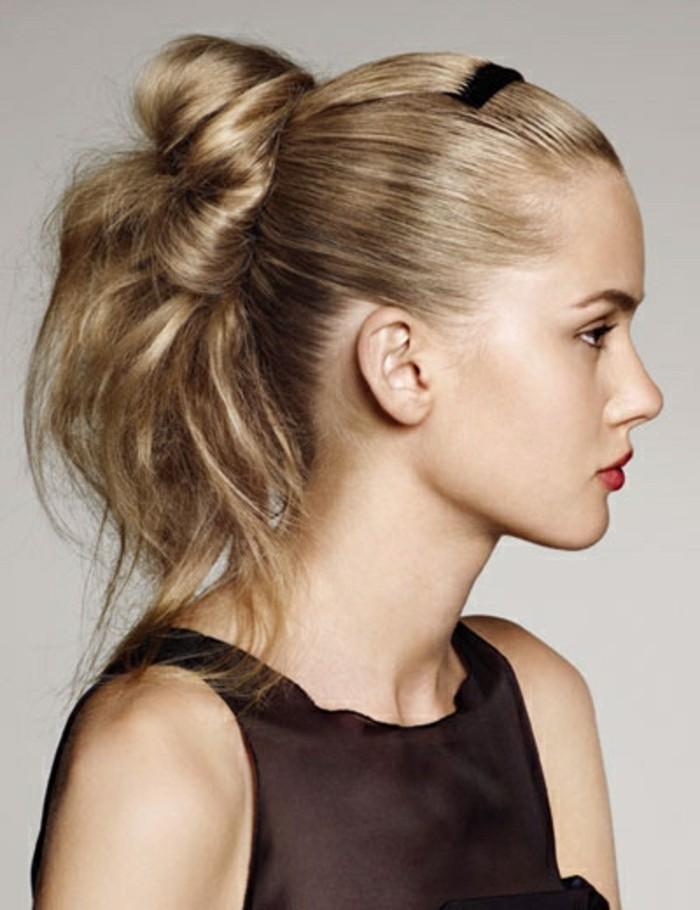 wunderschöne-blonde-hochgesteckte-haare-modernes-mädchen