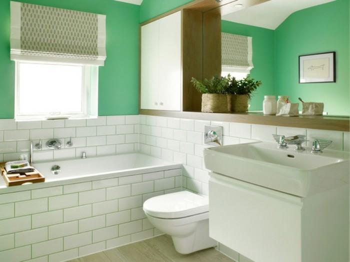 wunderschönes-kleines-badezimmer-einrichten-grüne-wände