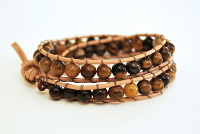 Armbänder-zum-selber-machen-aus-Holz-Perlen