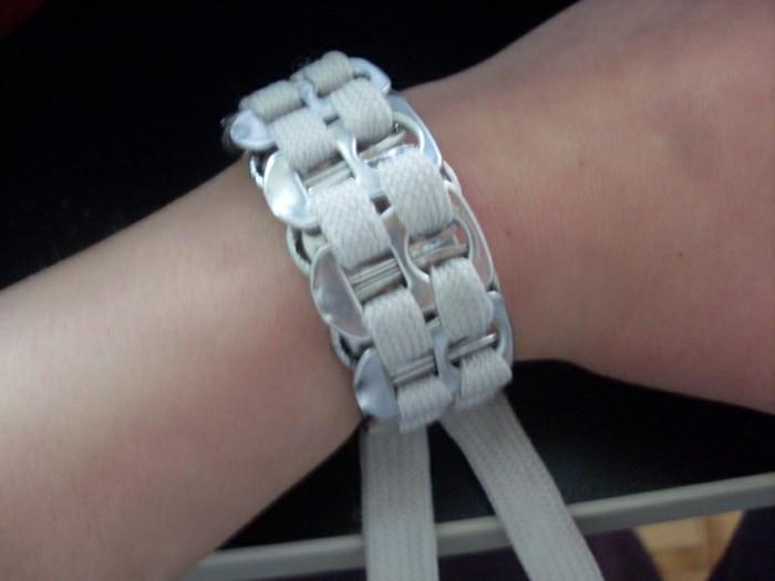 Armbänder-zum-selber-machen-aus-Schnüren
