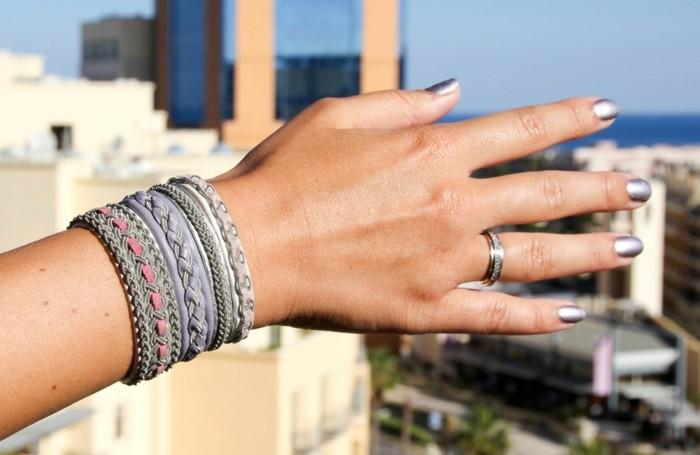 Armbänder-zum-selber-machen-in-grauer-Farbe