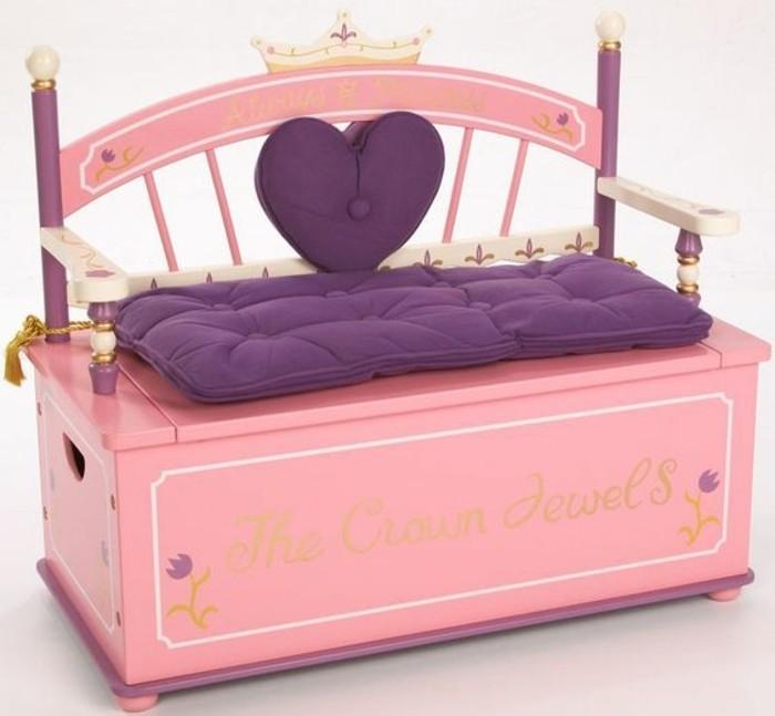 Aufbewahrungsbox-Kinderzimmer-für-eine-kleine-Prinzessin