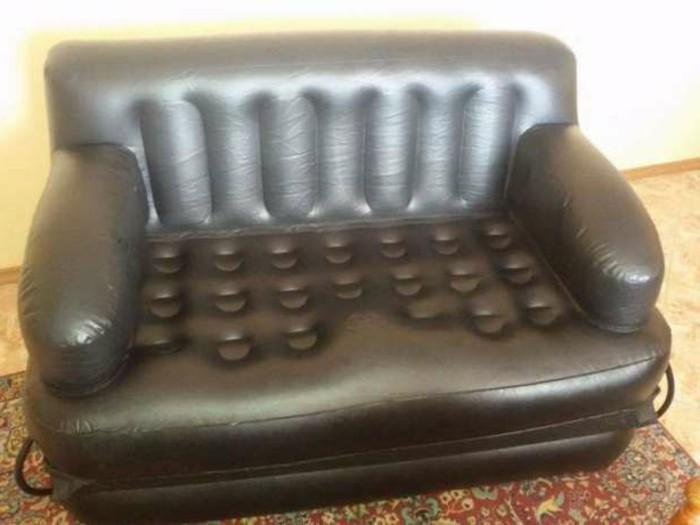 Aufblasbares-Bett-wie-ein-Sofa
