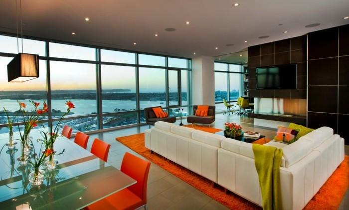 Bodenbeläge-Wohnzimmer-in-einem-Haus-mit-Panorama