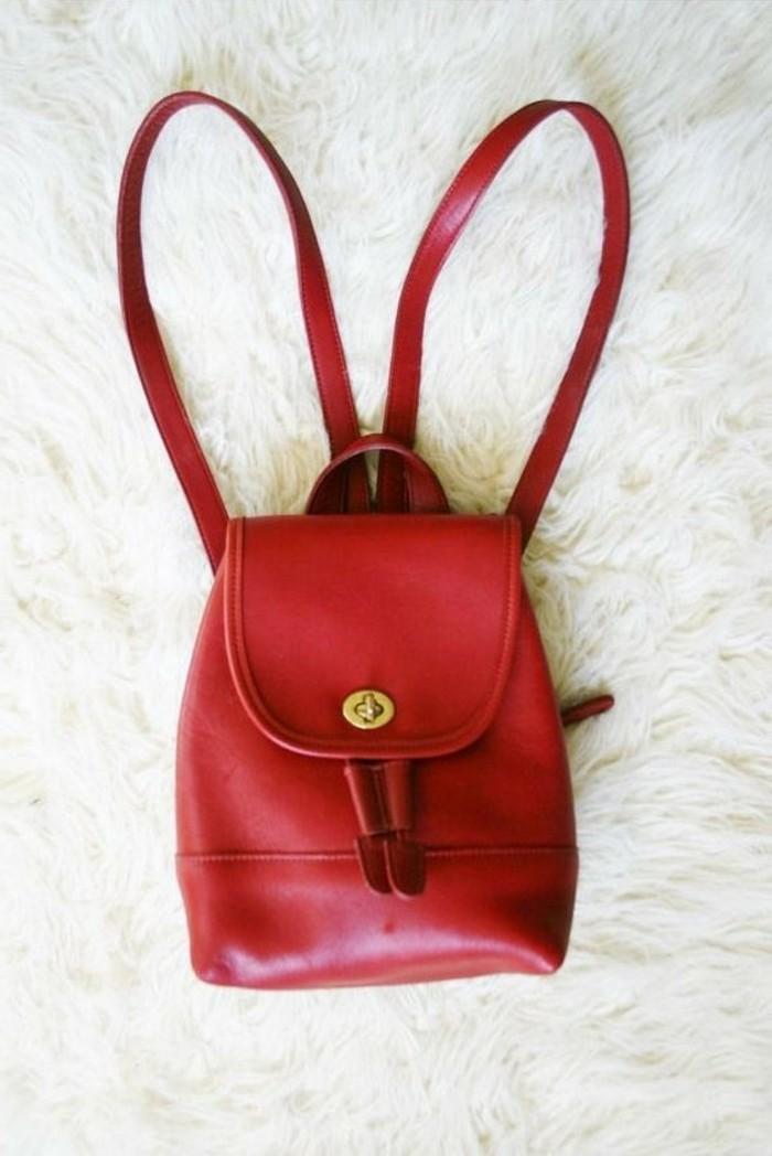 Damen-vintage-Rucksack-in-roter-Farbe