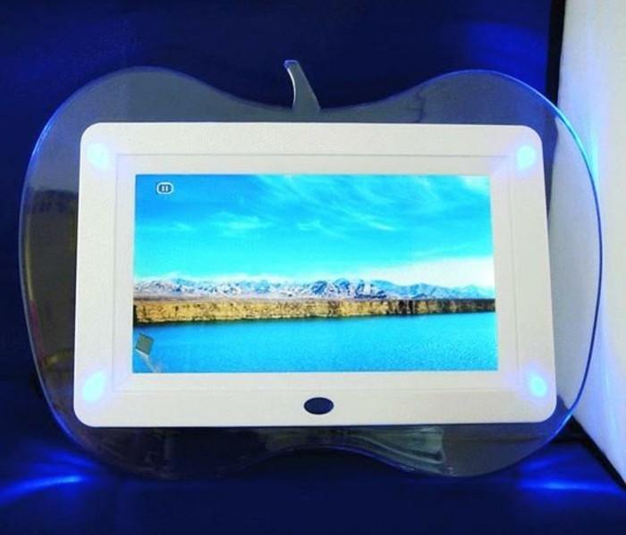 Digitaler-Bilderrahmen-wie-einen-Apfel