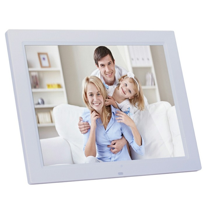Elektronischer-Bilderrahmen-für-eine-glückliche-Familie