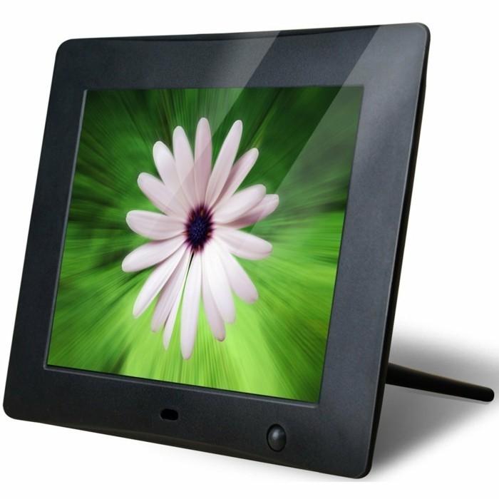 Elektronischer-Bilderrahmen-mit-sehr-klaren-Farben