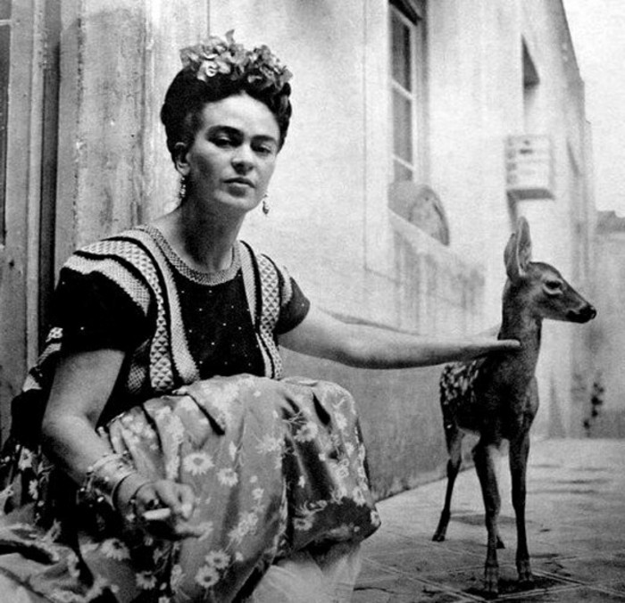 Frida-Kahlo-Granizo-Nickolas-Muray-1939-exotische-Haustiere-das-Reh
