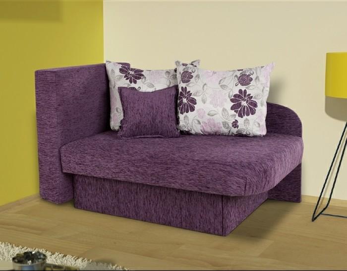 Gästebett-in-lila-Farbe-mit-bunten-Kissen