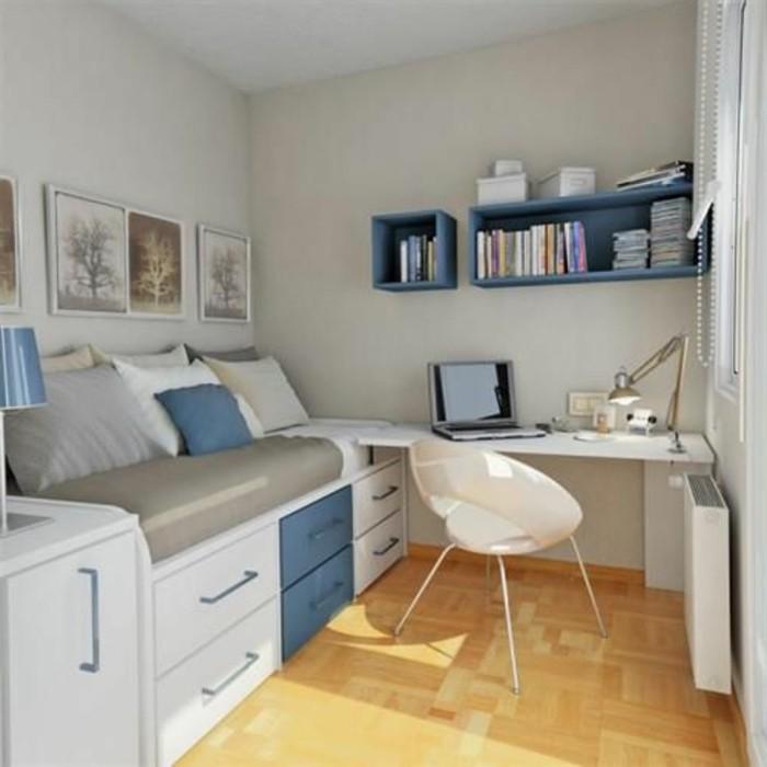Gästebett-unter-den-Schreibtisch-auszustrecken