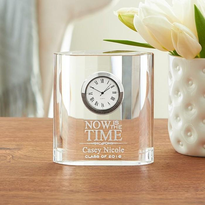 Geschenke-zum-Abi-eine-Uhr