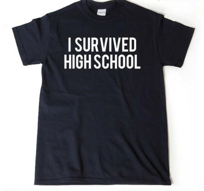 Geschenke-zum-Abitur-ein-T-shirt