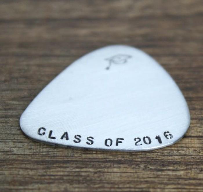 Geschenke-zum-Abitur-für-Gitarrespieler