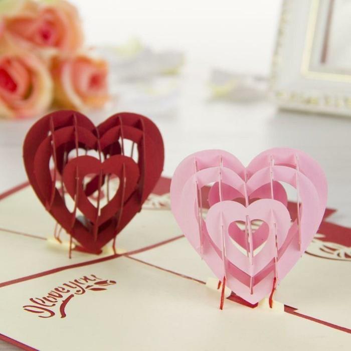 Grußkarten-mit-zwei-3D-Herzen