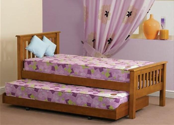Jugendbett-mit-Gästebett-für-zwei-Mädchen
