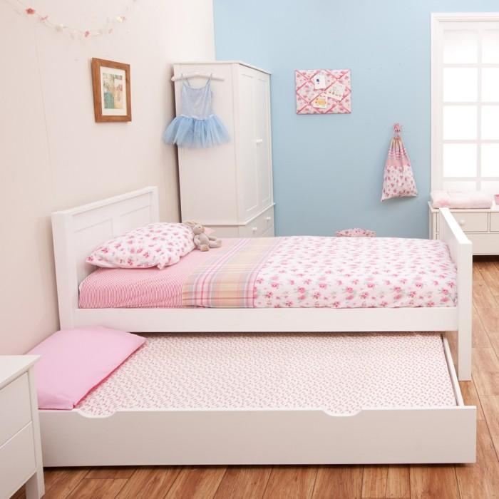 Jugendbett-mit-Gästebett-in-rosa-Farbe