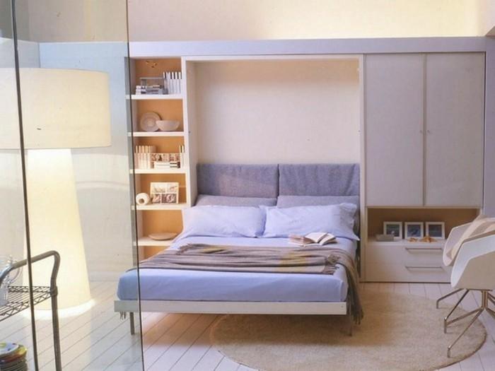 Klappbares-Bett-übrigens-fast-nicht-zu-bemerken