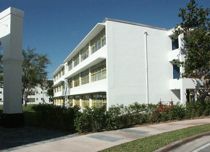 Moderne-Architektur-Merkmale-eine-Architekturabteilung-der-Universität
