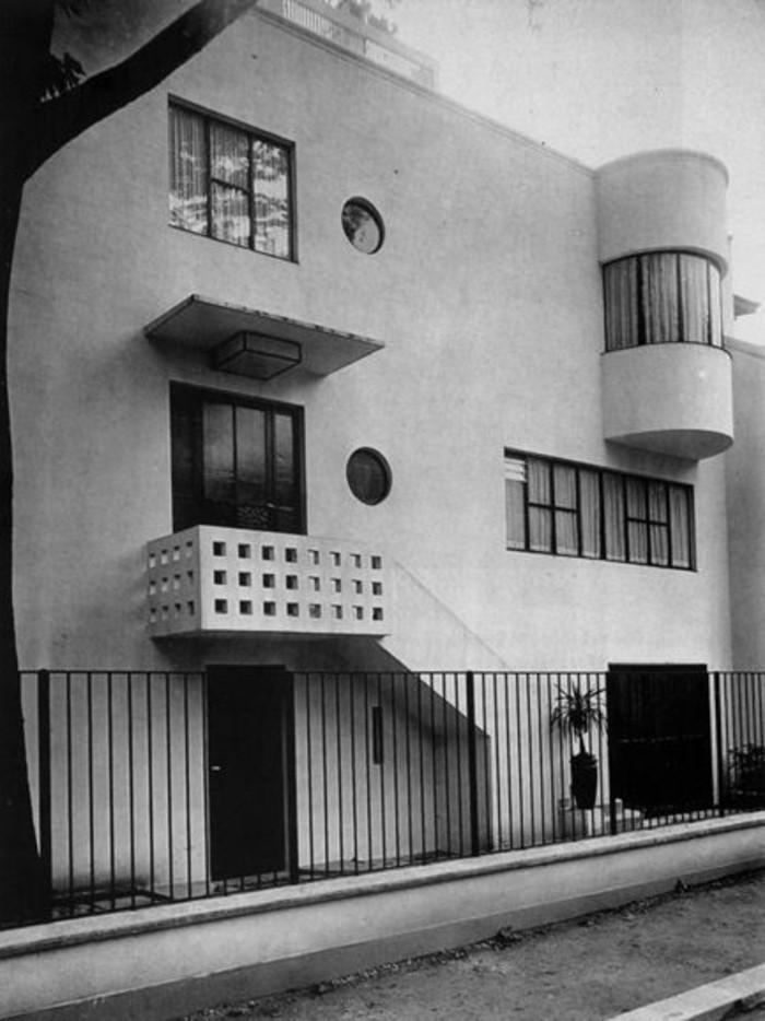 Moderne-Architektur-Merkmale-einfache-Formen