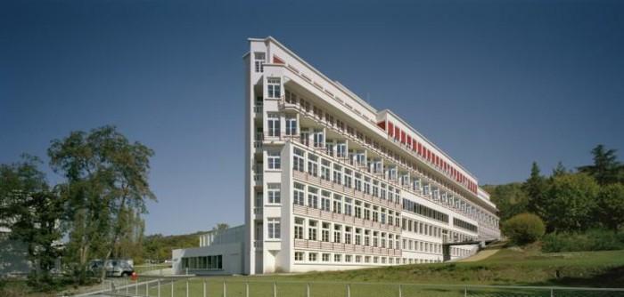 Moderne-Architektur-Merkmale-wie-ein-Schiff
