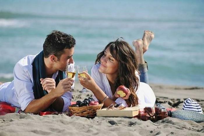 Picknick-am-Strand-mit-Bier