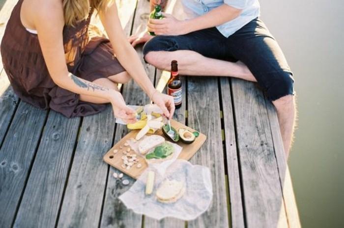 Romantisches-Picknick-sehr-gesundes-Essen