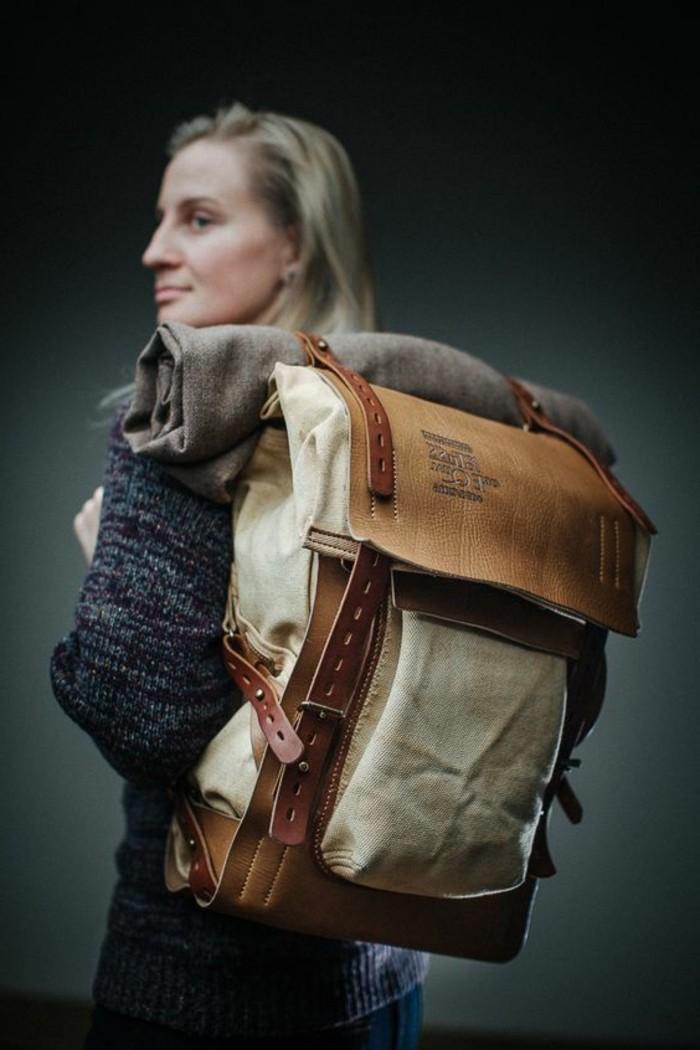 Rucksack-für-Frauen-alles-darin-stecken
