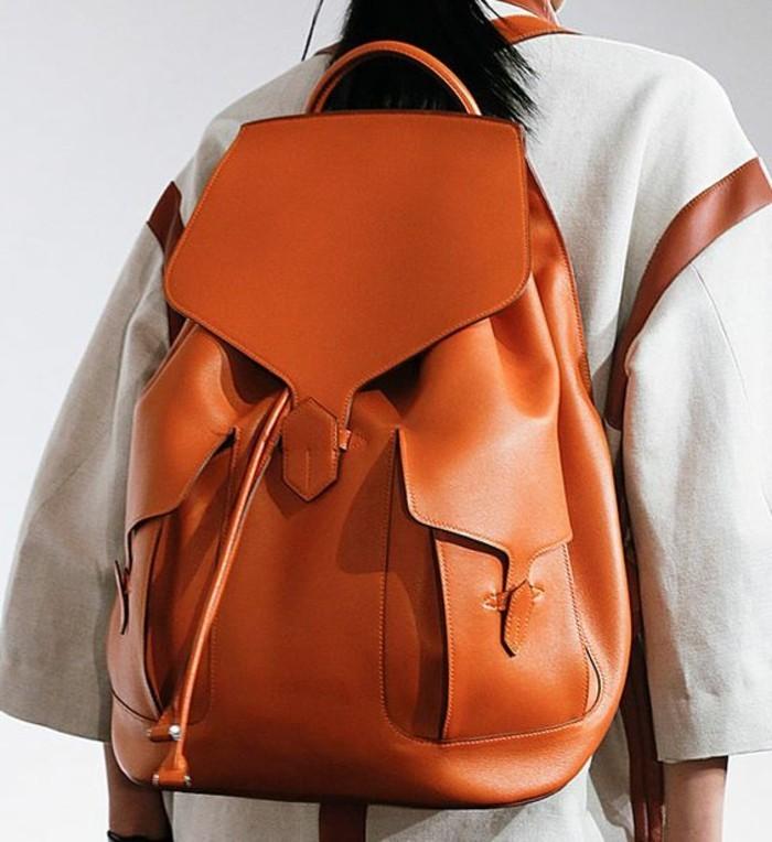 Rucksack-für-Frauen-mit-Griff