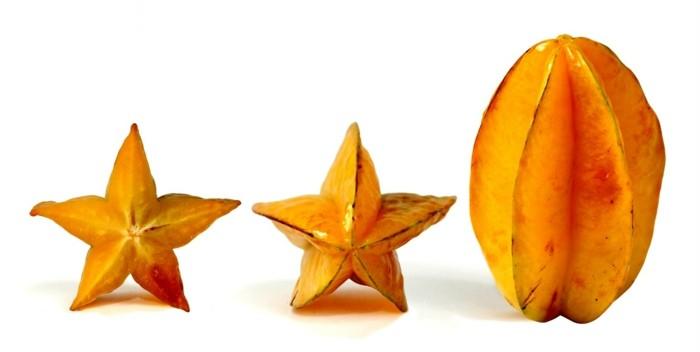 Seltenes-Obst-eine-Sternfrucht-von-aller-Seite