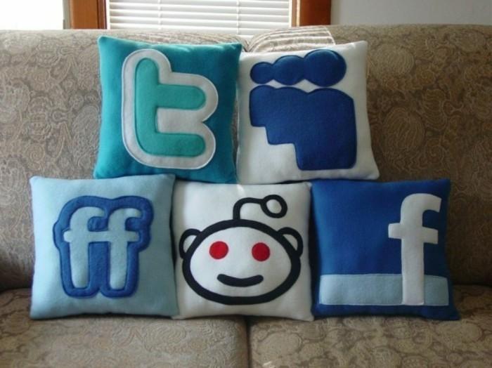 Smiley-Kissen-die-sozialen-Netzwerke