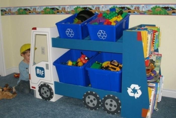 Spielzeugkisten-wie-einen-echten-Lastwagen