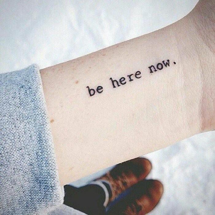 Tattoos-mit-Bedeutung-sei-hier-jetzt