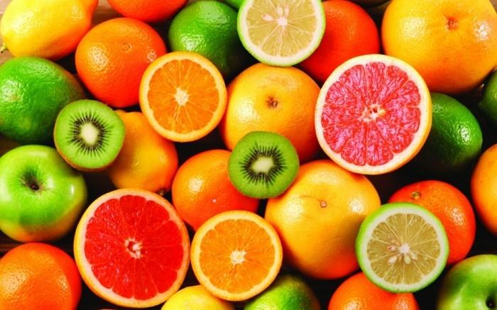 Tropisches-Obst-die-wir-alle-essen