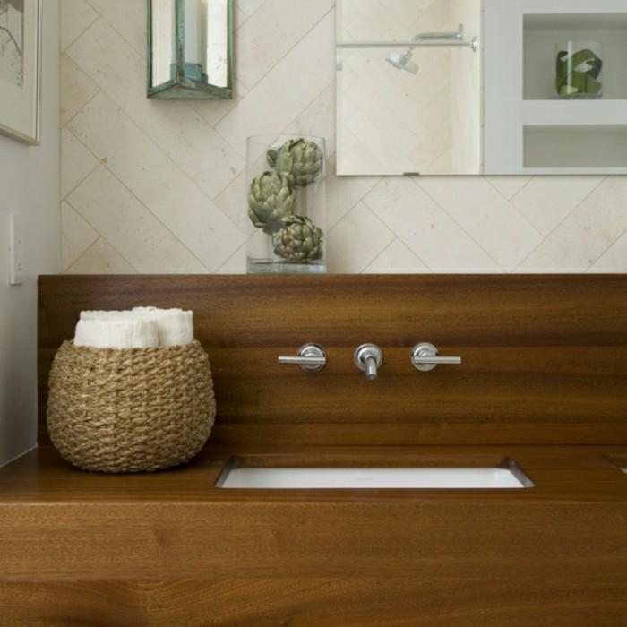 Waschtisch-Holzplatte-rattan-korb