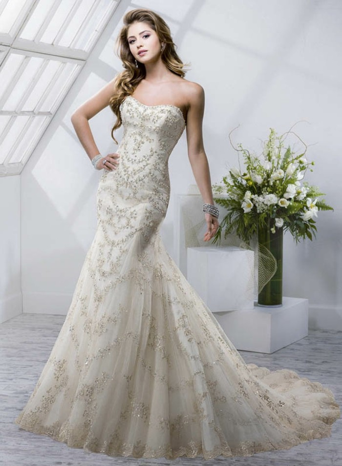 kreatives modell champagne brautkleid - langes design
