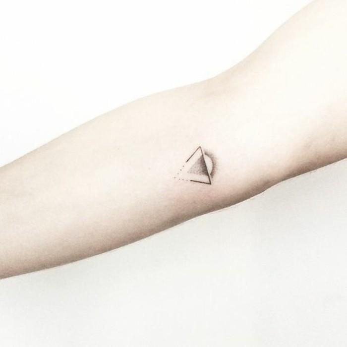 coole-Tattoos-mit-Bedeutung-den-Sonnenaufgang