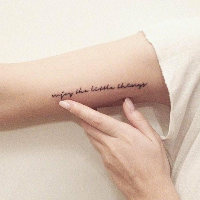 coole-Tattoos-mit-Bedeutung-einen-Spruch